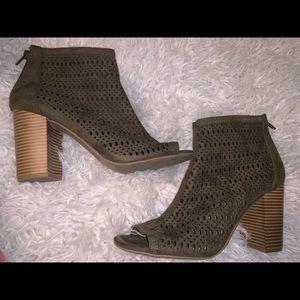 Green brown peep toe booties heels 10 Candies